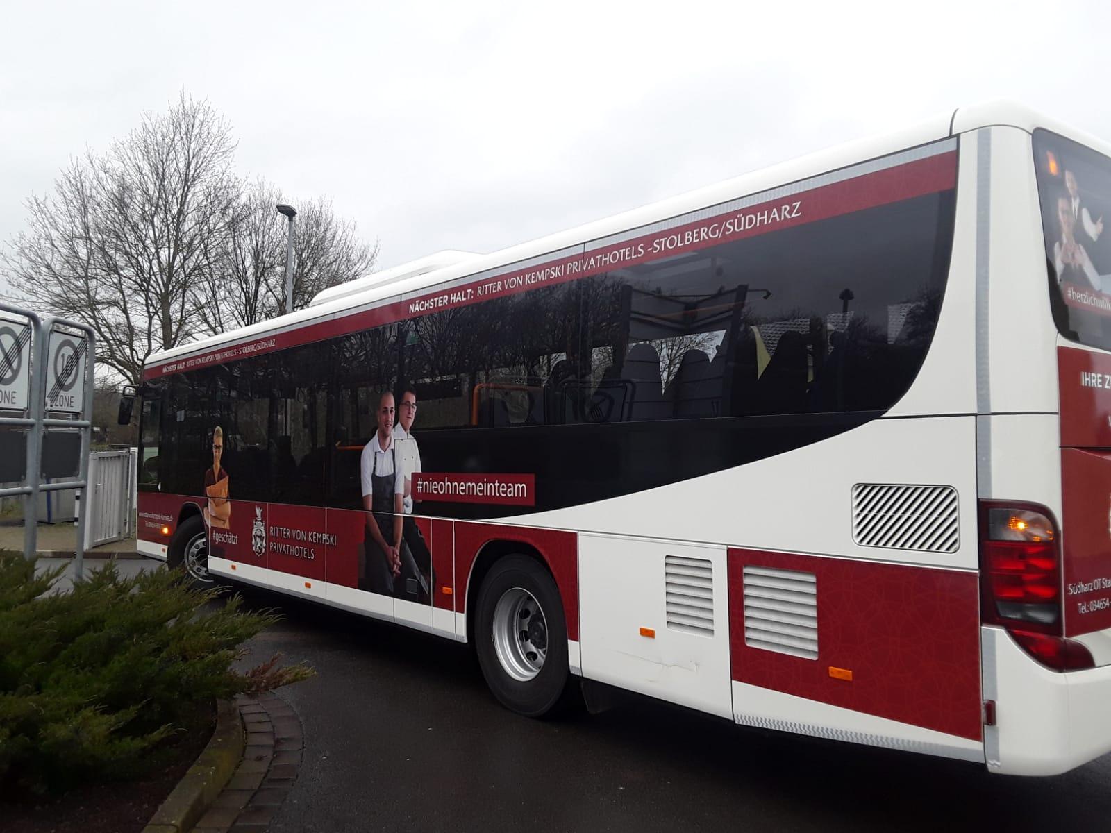 Buswerbung als Employer Branding für ein Hotel