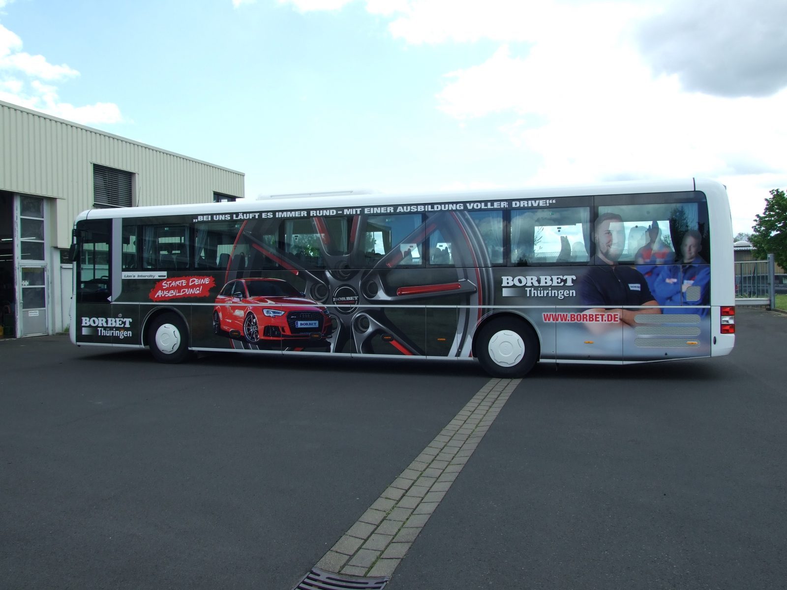Buswerbung im Personalmarketing